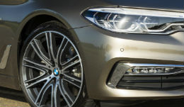 /i/images/FirstDrives/BMW/TNFeb28_BMW5Series.jpg